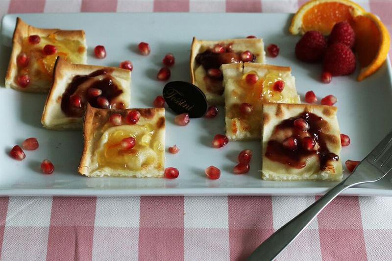 Focaccia al formaggio marmellate - Panificio Pasticceria Tossini - Recco