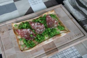 Focaccia al formaggio salame e piselli - Panificio Pasticceria Tossini - Recco