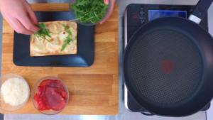 Video ricette: focaccia col formaggio bresaola e rucola. Tossini