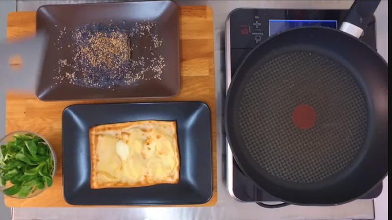 Video ricette: focaccia col formaggio tonno e songino. Tossini