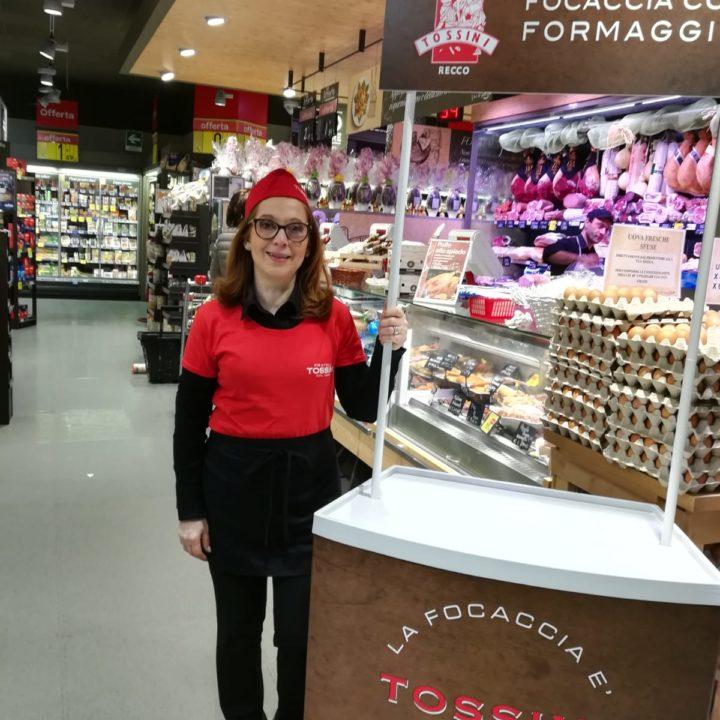 Focaccia col formaggio Tossini, degustazioni Carrefour (11)
