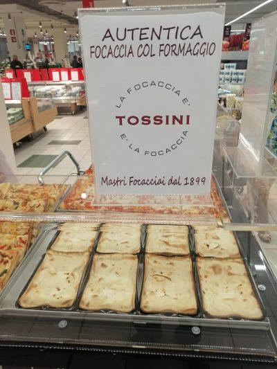 Focaccia col formaggio Tossini, degustazioni Carrefour (2)