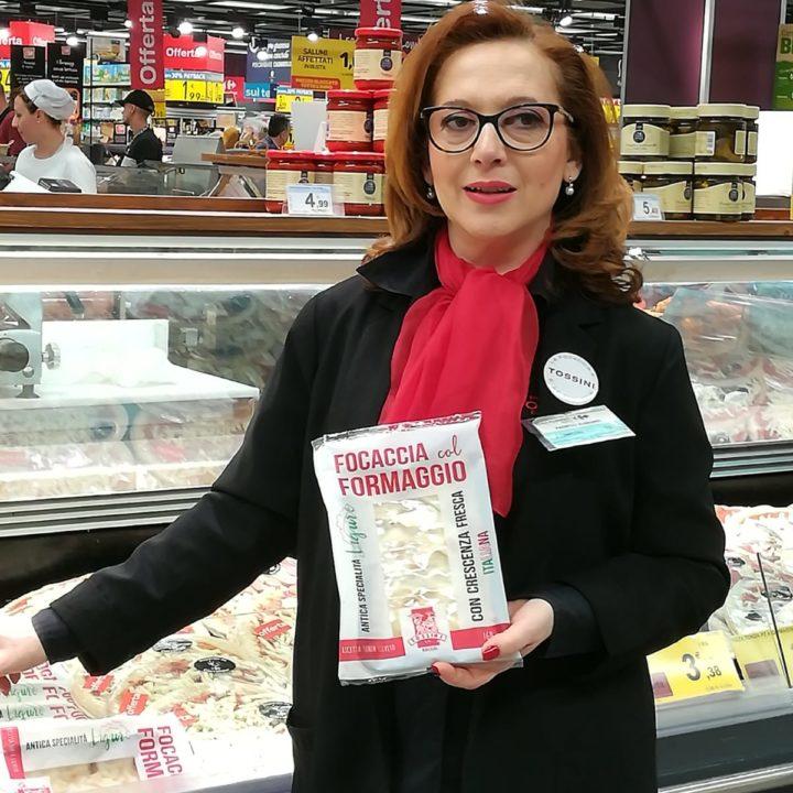 Focaccia col formaggio Tossini, degustazioni Carrefour (7)