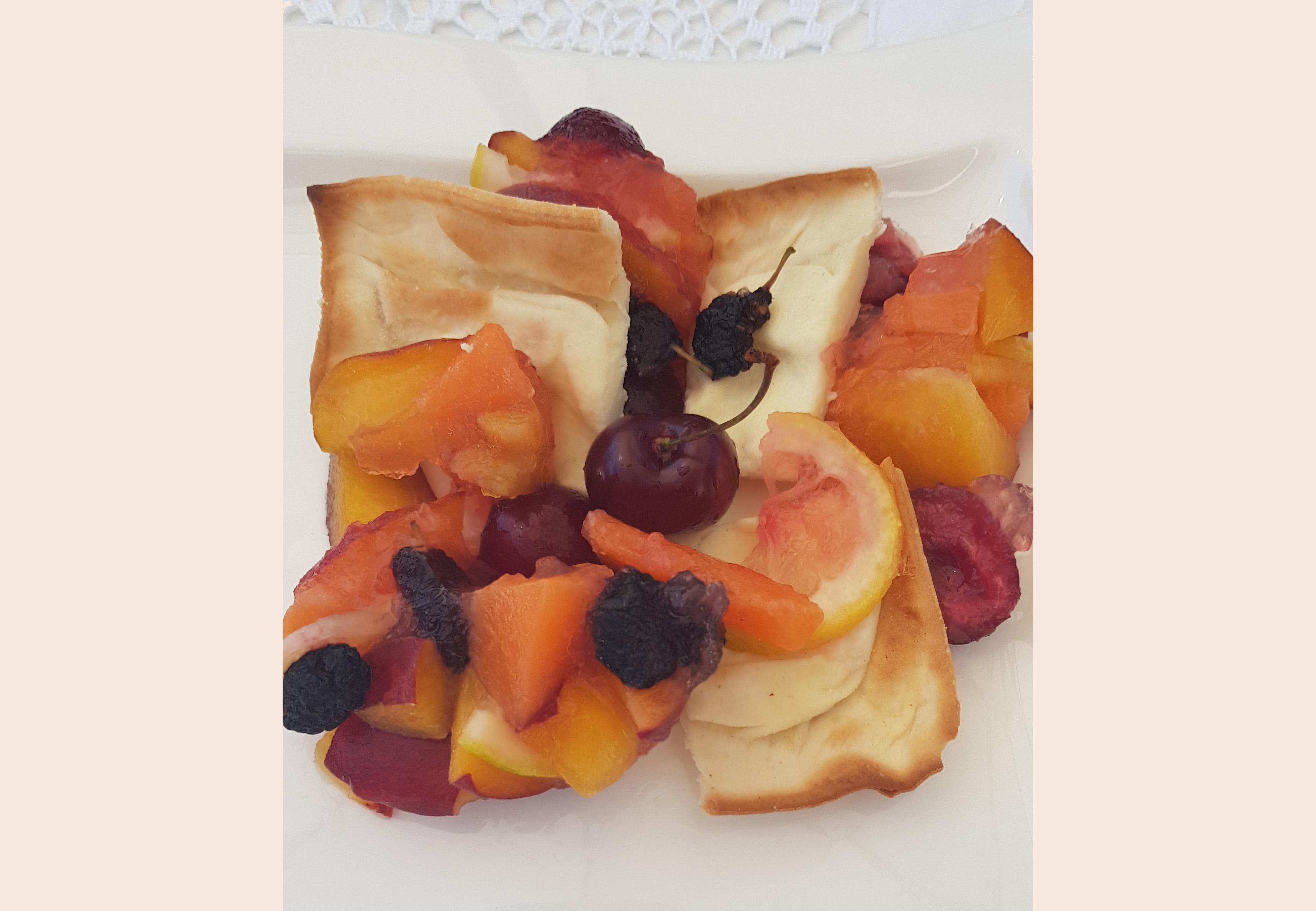 Focaccia col formaggio con frutta gelee - Tossini Recco