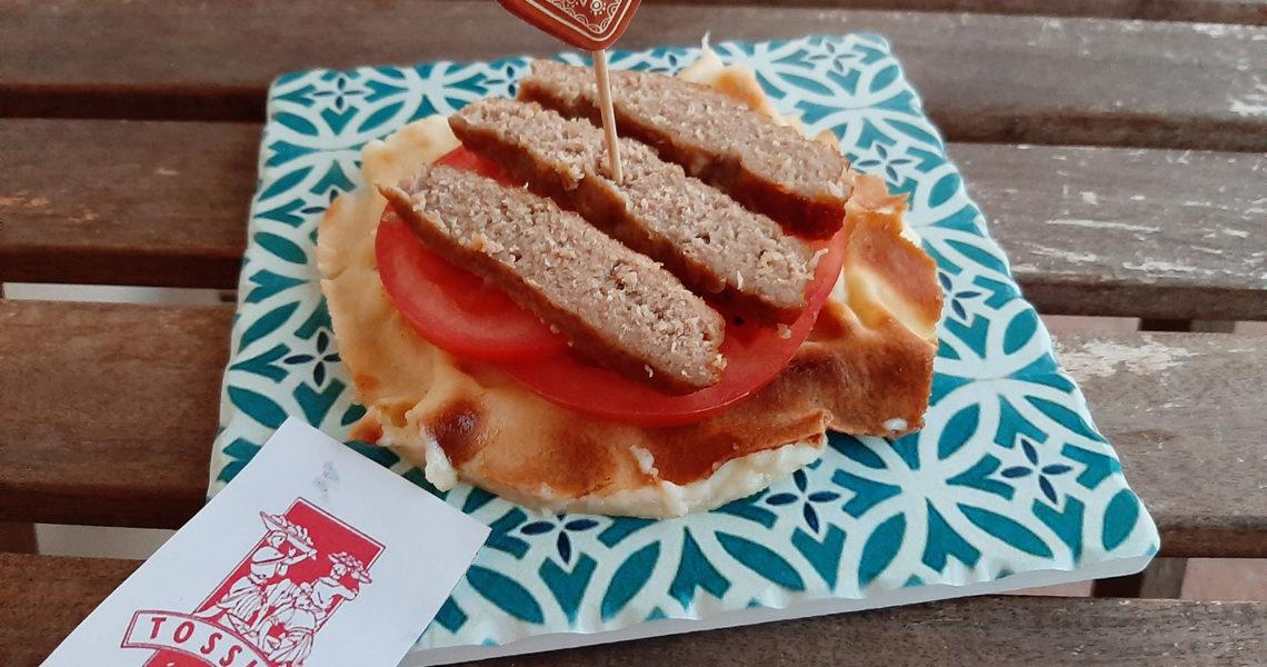 Focaccia col formaggio hamburger - Tossini Recco