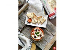 Crema di peperoni arrosto con nachos di Focaccia col formaggio Tossini