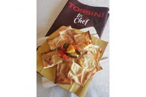 Focaccia col formaggio Tossini con verdure grigliate