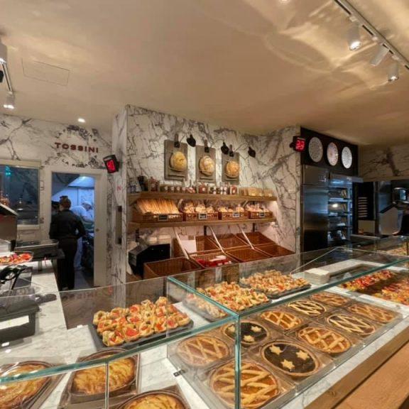Inaugurato il negozio di Via Roma a Recco, Panificio Pasticceria Tossini (4)